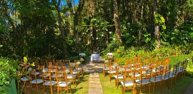 Casamento diurno realizado em Atibaia, no interior de São Paulo. Opção ajuda a economizar energia