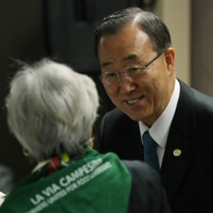 Ban Ki Moon, secret&#225;rio geral da ONU, se reuniu na sexta (22) com representantes da C&#250;pula dos Povos, f&#243;rum paralelo &#224; Rio+20
