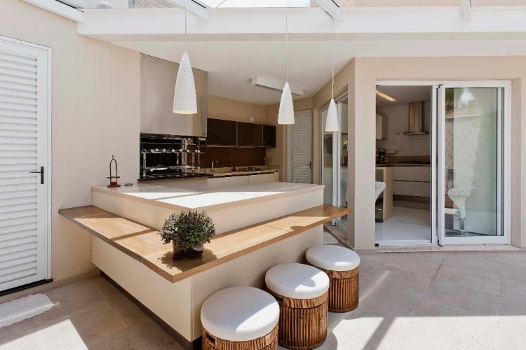 Cozinha pequena no quintal id ias do for Mobiliario para casas pequenas