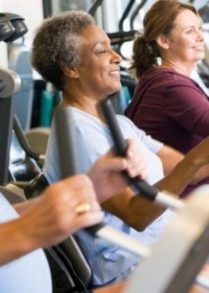 """Os resultados mostraram que a atividade física estava """"significativamente associada"""" com a menor atrofia do tecido cerebral."""