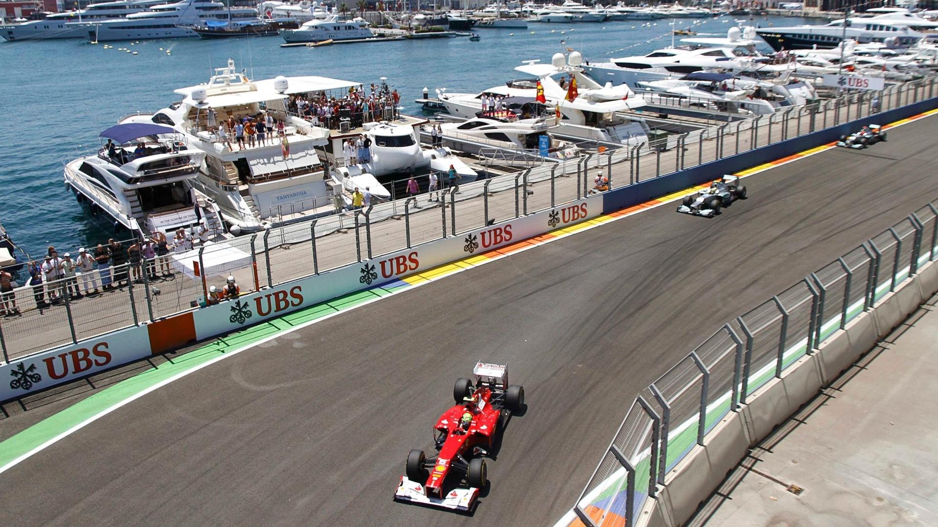 Felipe Massa também foi bem na largada e pulou da 13ª para a 10ª posição