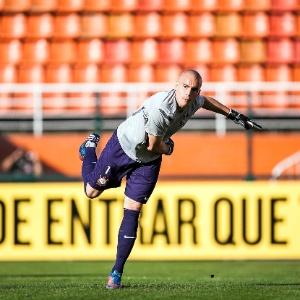Julio Cesar em ação no ano passado; goleiro perdeu espaço novamente no início deste ano