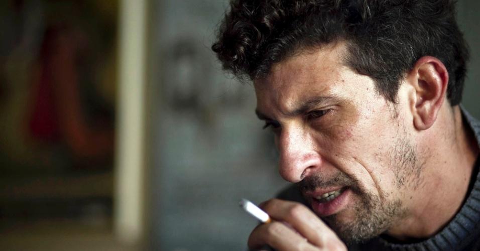 O ator paulistano Milhem Cortaz. 39, falou do lado bom e mau de ser famoso (13/6/12)