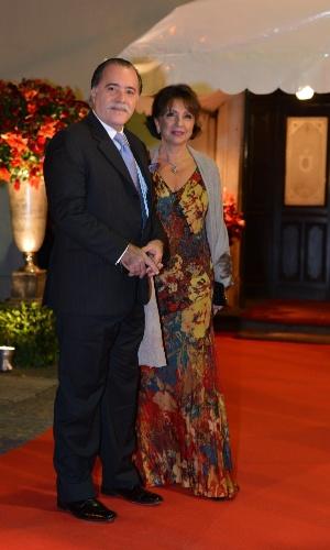 Tony Ramos e a mulher Lidiane (23/6/12)