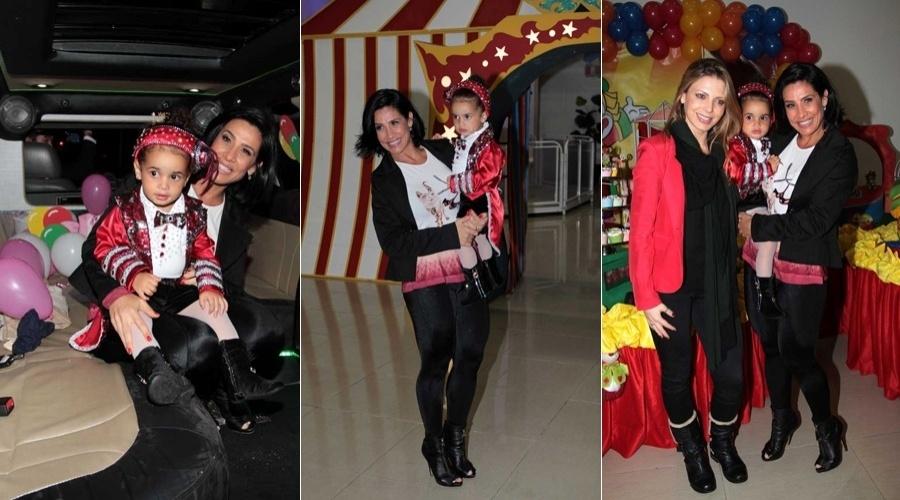 Giulia, filha da ex-dançarina Scheila Carvalho, completou dois anos (25/6/12). A menina chegou ao local da festa, um salão em São Paulo, de limousine