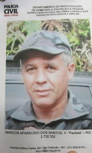 8.jul.2010 - Cartaz exibido pelo delegado da Polícia Civil de Minas Gerais Edson Moreira mostra Marcos Aparecido dos Santos, o