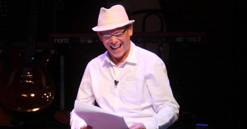 Ator José Wilker participa da reabertura do Teatro Ipanema no Rio de Janeiro (25/6/12)