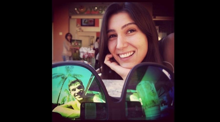 """José Loreto, o Darkson de """"Avenida Brasil"""", divulgou uma imagem da namorada por meio de sua página do Twitter (26/6/12)"""