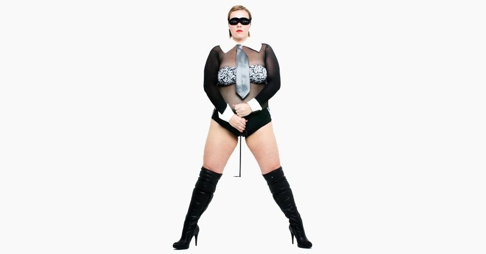 Priscilla Rubino  em ensaio plus size inspirado na cantora Madonna - 2