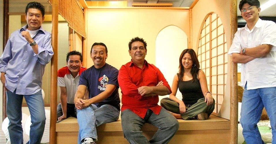28.jun.2012 - Chefs da culinária japonesa encontram-se em São Paulo para discutir a certificação dos restaurantes de comida japonesa; Brasil tem 2,08 milhões de habitantes amarelos, ou 1,09% da população total