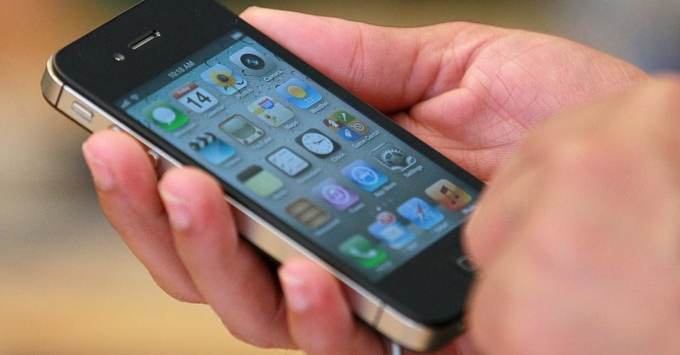 Milhões de consumidores no mundo possuem iPhones, mas poucos conhecem as dezenas de pequenos atalhos e truques existentes nos celulares inteligentes da Apple. O UOL Tecnologia selecionou alguns deles a seguir, válidos para quem usa o sistema iOS 5; confira