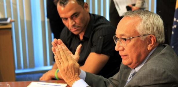 Ministro do Turismo e Cafu lançam Pronatec Copa, que formará trabalhadores para o Mundial