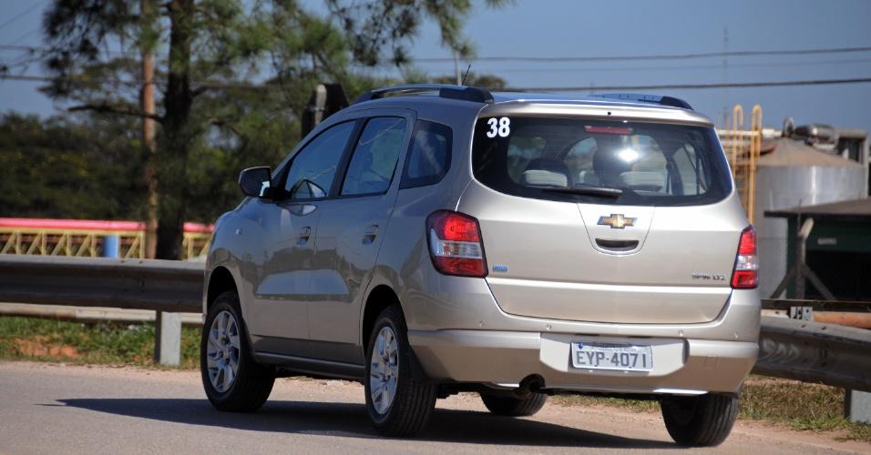 Quem são as rivais da Spin? Principalmente Nissan Livina e JAC J6, ambos com 5 ou 7 lugares
