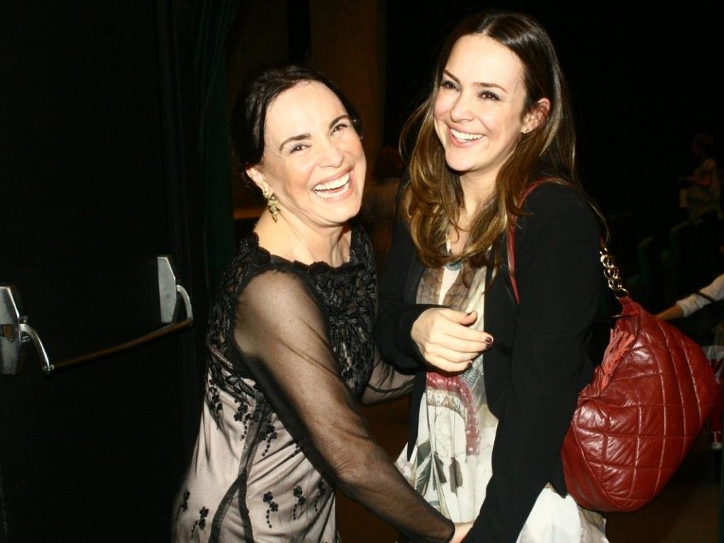 Regina Duarte e sua filha, Gabriela, na noite de estreia de