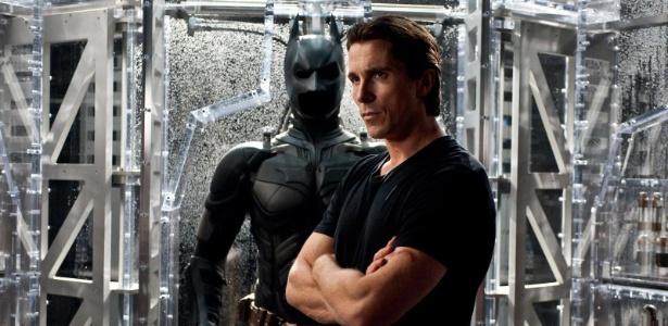 Bruce Wayne (Christian Bale) com a armadura do Batman, em cena do filme Batman: O Cavaleiro das Trevas Ressurge (29/6/12)