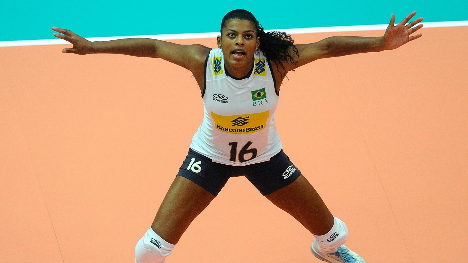 Fernanda Garay foi uma das surpresas de Zé Roberto para o duelo desta sexta-feira contra Cuba