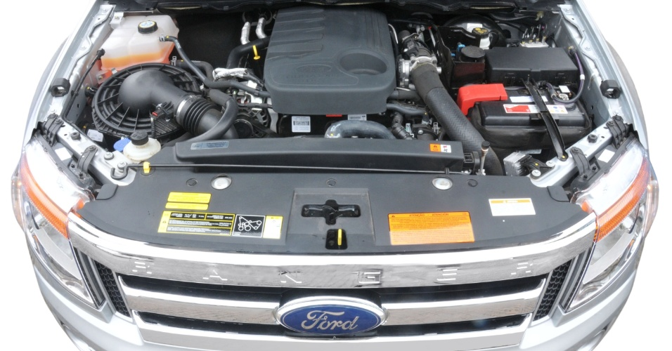 Motor diesel de 3,2 litros é novo, mas estrela deve ser o 2,5 litros bicombustível