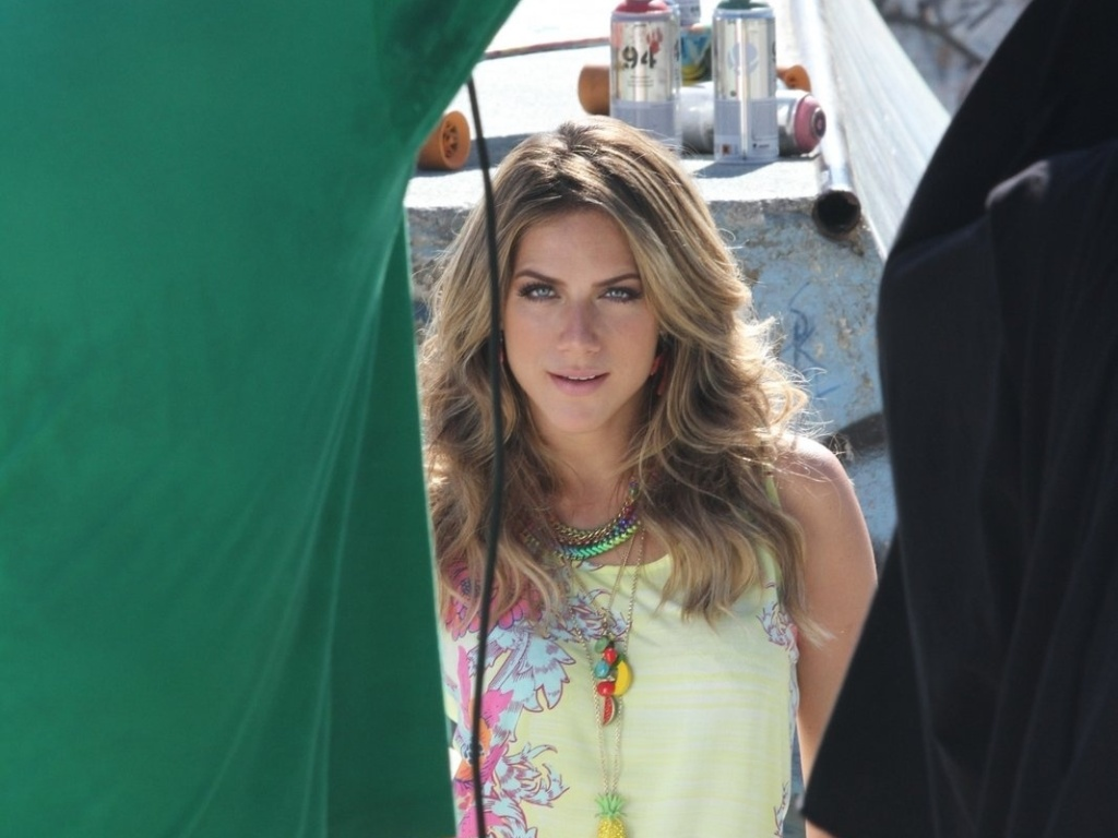 Aps separao, Giovanna Ewbank faz ensaio fotogrfico no Rio (3/7/2012)