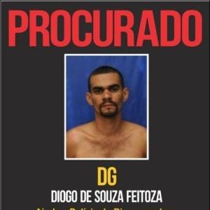 O acusado de tráfico de drogas Diego de Souza Feitoza foi resgatado por criminosos fortemente armados dentro da 25ª DP, no Engenho Novo, na zona norte do Rio. O suspeito é apontado como homem de confiança de Marcelo Piloto, o chefe do crime organizado na região do Complexo de Manguinhos.