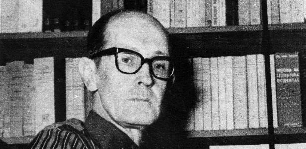 O poeta Carlos Drummond de Andrade