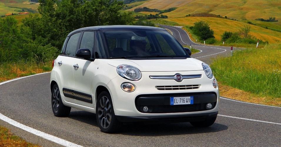 A Fiat mostrou nesta terça o 500L, minivan com cara de 500 que ganhou nova plataforma e servirá de base para novos modelos da marca