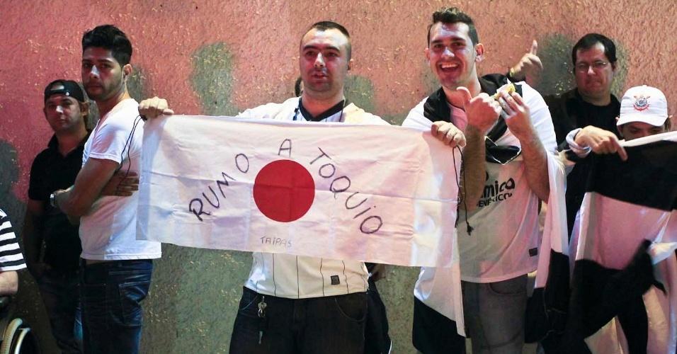 Torcedores do Corinthians demonstram otimismo e já veem o time na disputa do Mundial de Clubes da Fifa