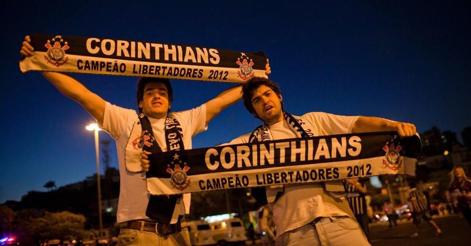 Torcedores do Corinthians demonstram otimismo para a decisão da Libertadores contra o Boca Juniors