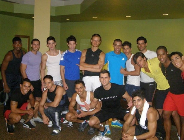 Candidatos ao t&#237;tulo de Mister Universo 2012 se divertem na Rep&#250;blica Dominicana