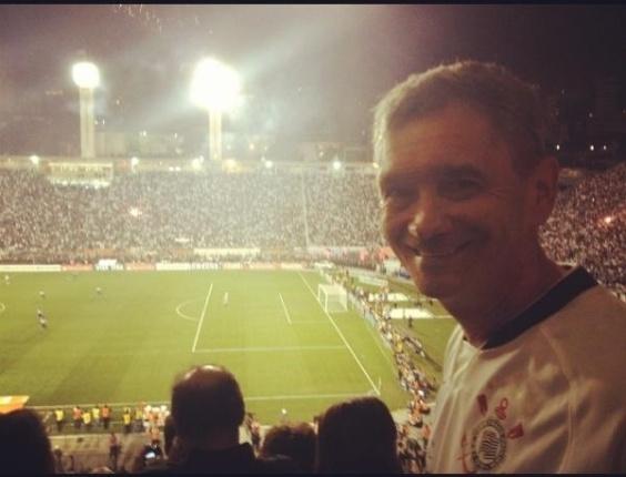 O apresentador Serginho Groisman foi até o estádio do Pacaembu assistir a vitória do Corinthians na Libertadores 2012(5/7/12)