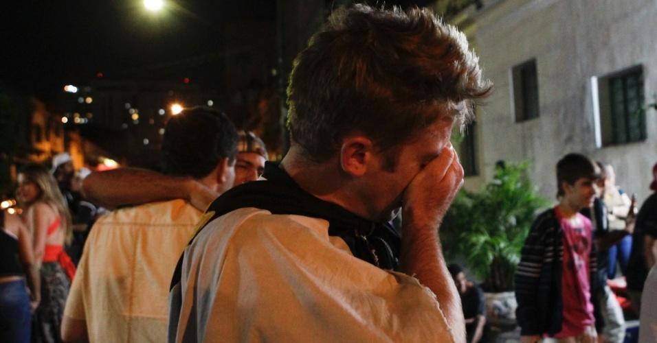 Torcedor vai às lágrimas após Corinthians conquistar sua primeira Libertadores da história