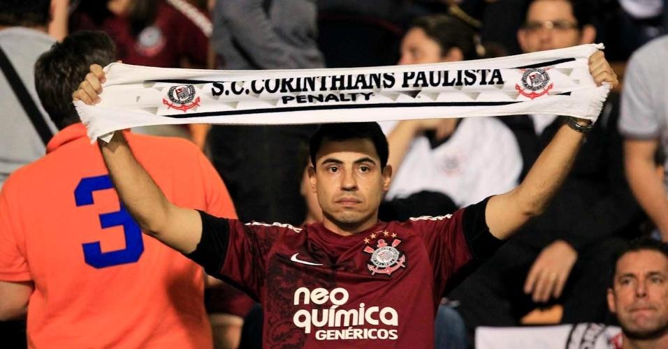 Torcida do Corinthians durante partida final da Libertadores no Pacaembu