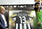 Voloch: Botafogo abre mão da parte financeira e libera Loco Abreu de 'graça' para o Figueirense