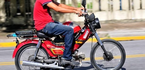 Shineray de 50 cc sem placa: cinquentinhas nessa situação são comuns no Nordeste