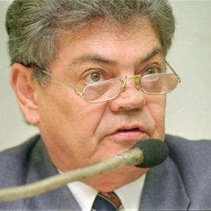 Ronaldo Cunha Lima, 76, lutava havia um ano contra um câncer de pulmão