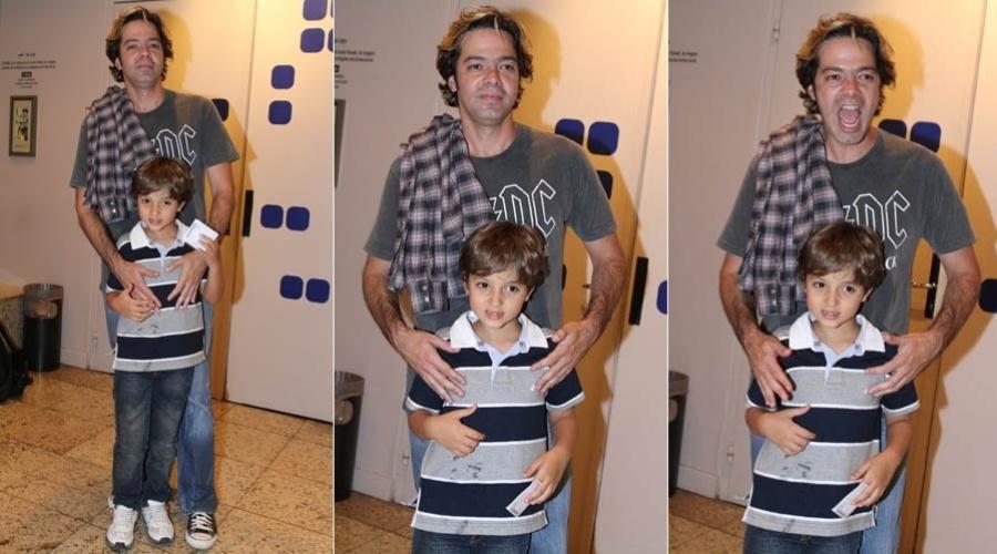 Bruno Mazzeo vai com o filho a reestreia de peça da ex-mulher (6/7/2012)