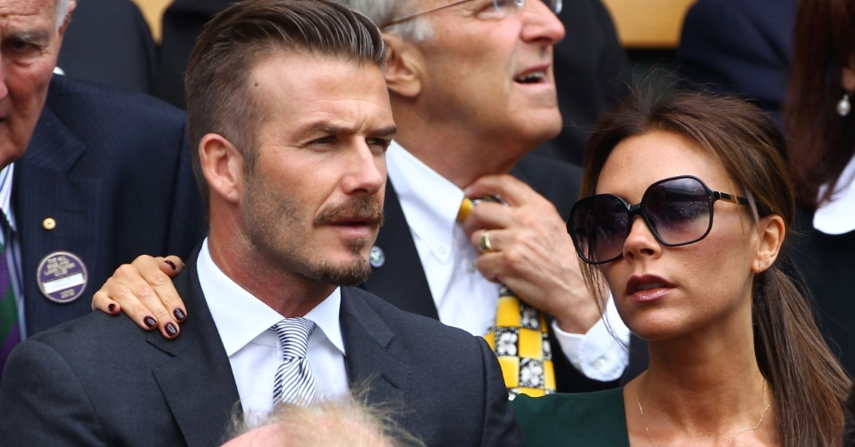 David e Victoria Beckham assistem &#224; final do torneio de t&#234;nis de Wimbledom em Londres, Inglaterra (8/7/12)