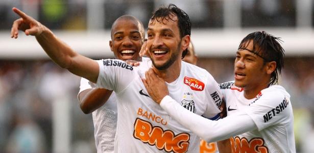 Capitão do Santos nas últimas temporadas, Edu Dracena pode voltar em três semanas