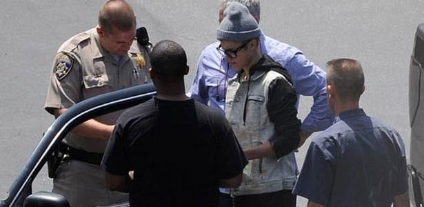 Justin Bieber é parado e multado por dirigir em alta velocidade (6/7/2012)