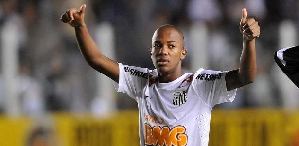 Atacante Victor Andrade, 16 anos, defendeu o Santos em 15 jogos nesta temporada