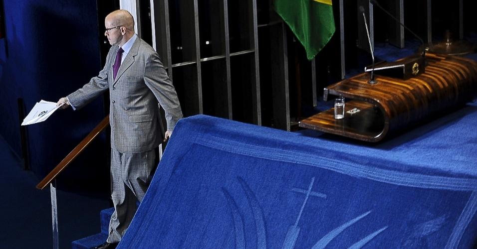 9.jul.2012 - O senador Demóstenes Torres (sem partido-GO) discursa no plenário do Senado e afirma que eventual cassação de seu mandato, por quebra de decoro parlamentar, seria