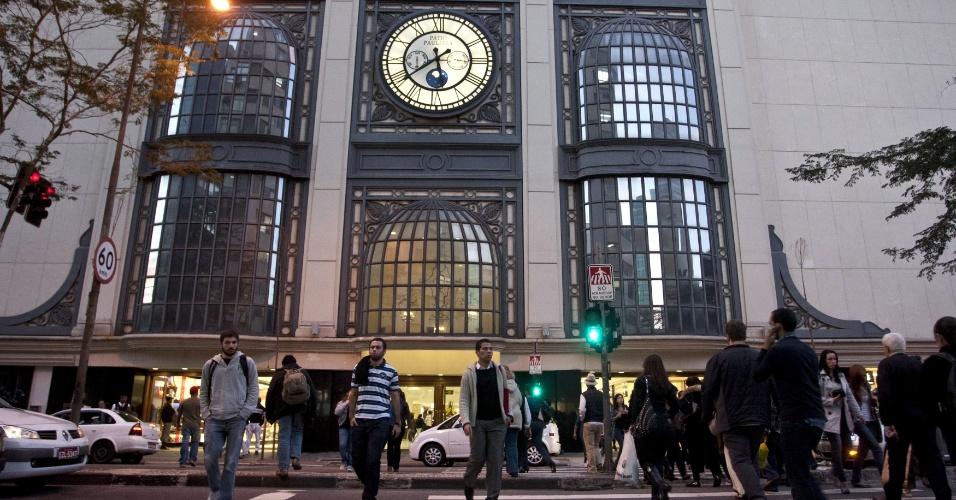 10.jul.2012-A Prefeitura de São Paulo decidiu cassar a licença de funcionamento do Shopping Pátio Paulista