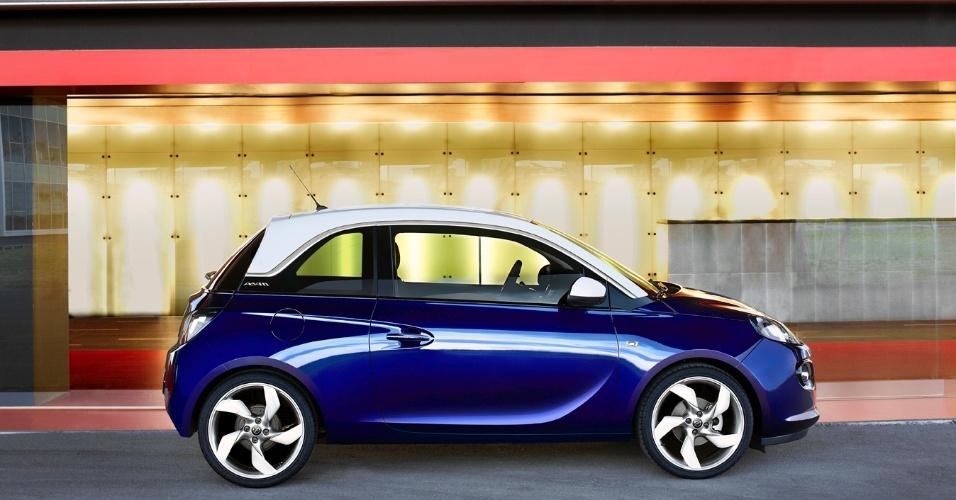 As duas fabricantes também revelaram que mais para frente será lançada uma versão com motor turbo e câmbio manual de seis marchas