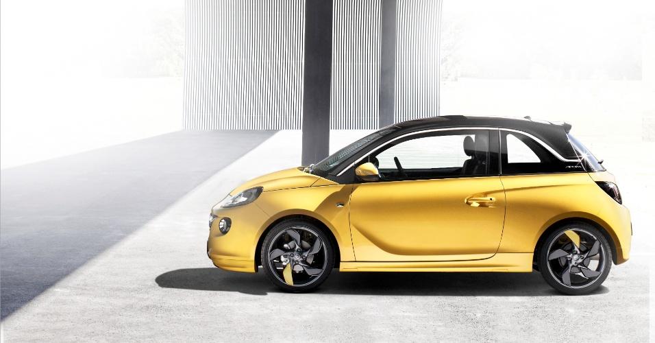 """Segundo as subsidiárias da GM na Europa, o novo Adam é um """"urbano da moda""""; o nome do carrinho vem do fundador da Opel, Adam Opel"""