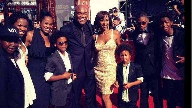 Anderson Silva levou a família ao ESPY Awards, premiação realizada nesta quarta (11/07), em Los Angeles