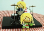 Fa�a uma boneca 3D da San, a lamen baterista de Foodland