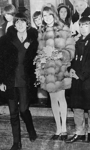 Imagem do casamento de George Harrison com Pattie Boyd