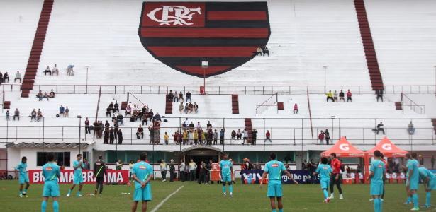 A seleção brasileira treinou no Estádio da Gávea nesta sexta-feira