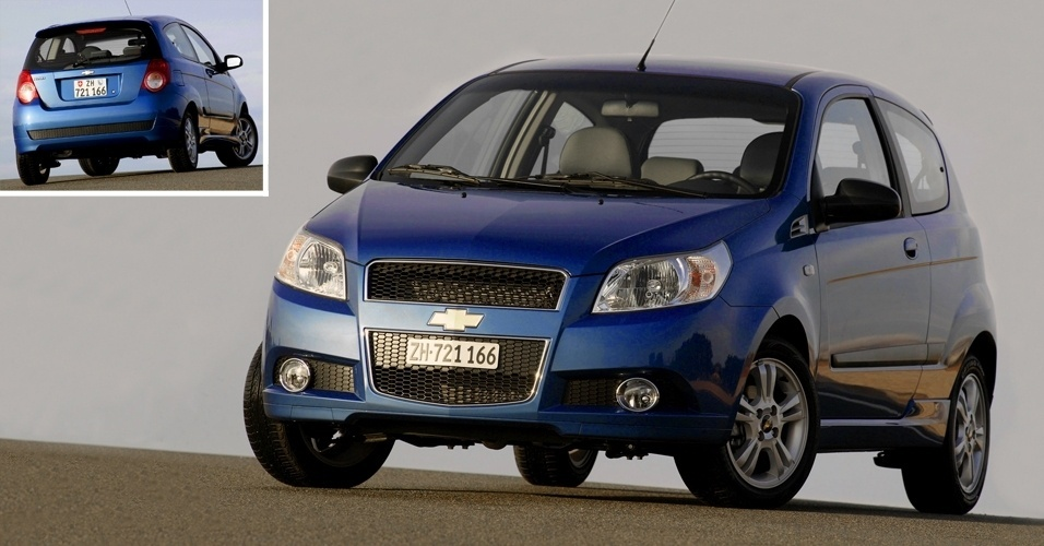 Chevrolet Aveo de gera&#231;&#227;o anterior &#233; o modelo intermedi&#225;rio da marca na Venezuela
