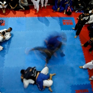 Segundo ortopedista, o jiu-jitsu é a arte marcial que mais leva pacientes a operarem o joelho