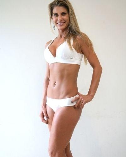 Esta é Teresa, 37 anos, personal trainer, de São Paulo - Garota Fitness Brasil 2011
